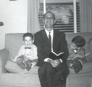 dad-reading